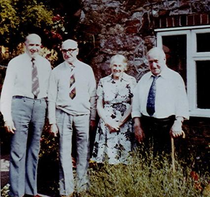 The Allen Family | Geoff Webb