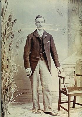 Arthur White   Geoff Webb
