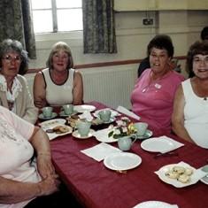 Left to right: Rita Bird, Edna Peacock, Jean Stratton, Rosalind and Dorothy Brett, Beryl Hedges. | Geoff Webb