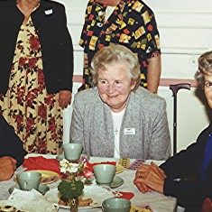 Left to right: Grace Belshaw, Kath Smith (rear), Beryl Reading, Betty Winch (rear), Ivy Brown.   Geoff Webb