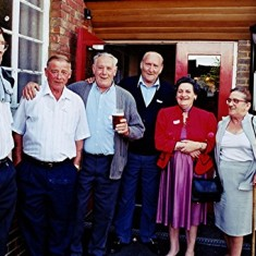Left to right: Jim Burrows, Tom Archer, Mick & Terry Day, Ellen and Gladys Smith, Roy Flitton | Geoff Webb