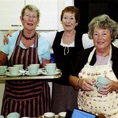 (Left to right): Lily Cowland, Yvonne Sibley and Mo Fox | Geoff Webb