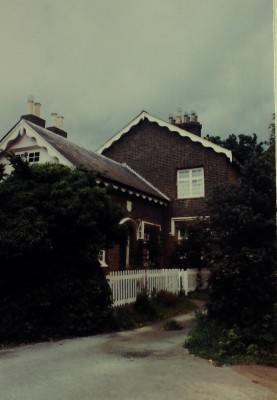 A residence on Goffs Lane, date unknown. | Iain Bickerton