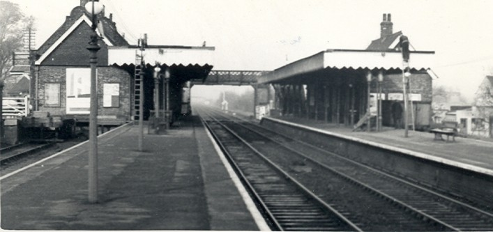 Cheshunt Station 1950s | Hertfordshire Archives & Local Studies