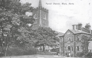 St Mary's Church and the Police lock-up, 1913   Hals