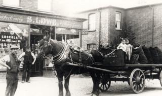 Lowes coal merchant