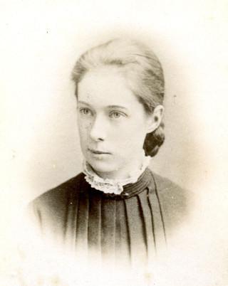 Winnie Seebohm | hertfordshire Archives and Local Studies DE/So/F4/19
