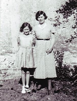 Dorothy & Jean Halsey | Geoff Webb
