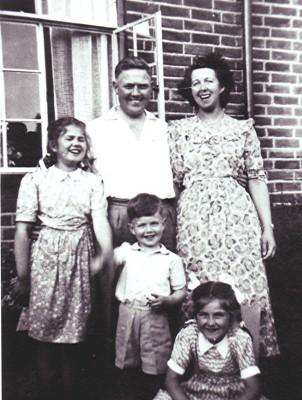The Darvell family | Geoff Webb