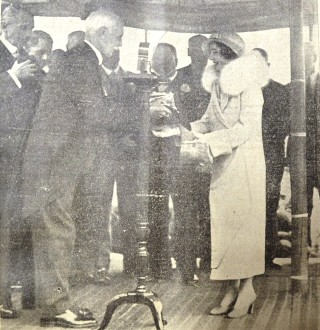 The Dutchess of York receiving a silver casket containing an illuminated scroll of the address | Herts and Essex Observer 20 May 1933, page 5