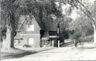 Easneye, Lodge House, Stanstead Abbotts 1932 | Hertfordshire Archives & Local Studies