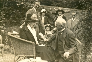Edith's 90th birthday, with Edwin Lutyens and other members of the family | Knebworth House Archives