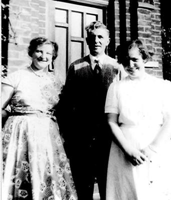 The Elsden Family | Geoff Webb