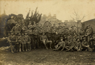 Captain Gilliat and members of the 42nd (Hertfordshire) Company Imperial Yeomanry in the Boer War, Feb 1900 | Hertfordshire Archives and Local Studies (Ref. DE/Yo/2/92)
