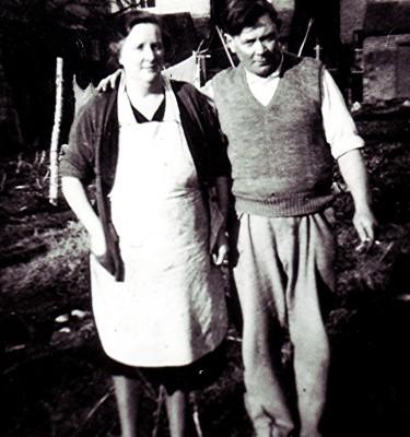 John & Florence Hobbs | Geoff Webb