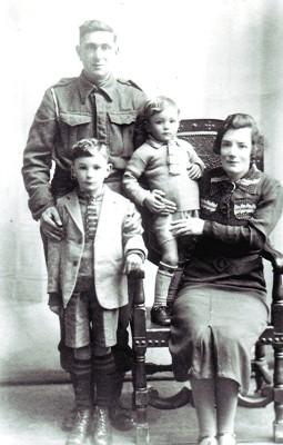 The Fensom family   Geoff Webb