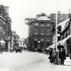A similar view in the 1920s or early 30s? (The Thisledoo cafe can be seen on the far right of the picture) | Hertfordshire Archives and Local Studies