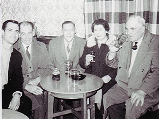 Meeting for a drink | Geoff Webb