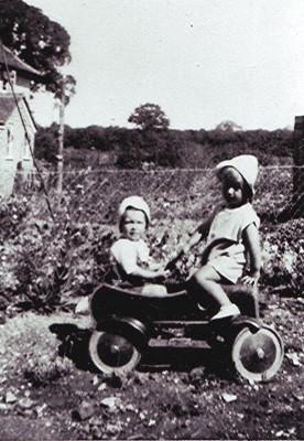 Roy & Beryl Fox   Geoff Webb