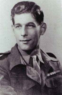 Frank Marshall   Geoff Webb