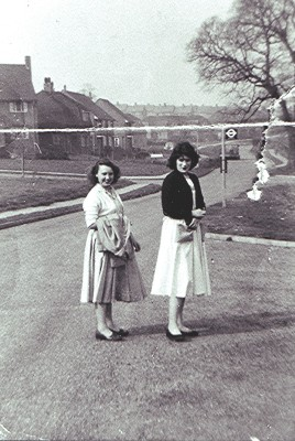 Maureen Stevens (left) and Rose Maguire | Geoff Webb