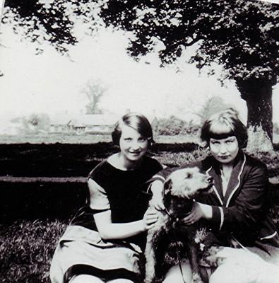 Gladys & Hilda Smith | Geoff Webb