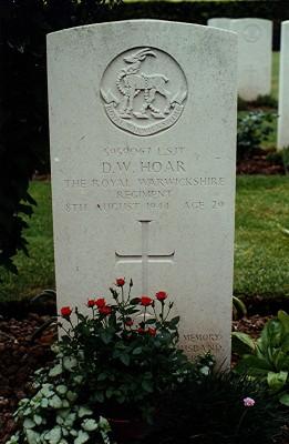 Bill Hoar's grave | Geoff Webb