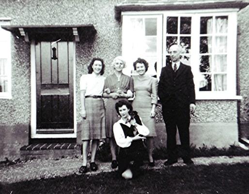 Grey family | Geoff Webb
