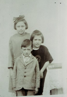 The Gurney children | Geoff Webb