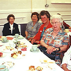 Left to right: Mildred Peck, Olive Darvell, Joan Peck, Freda Millard, Blanche Clark, Mildred Grey | Geoff Webb