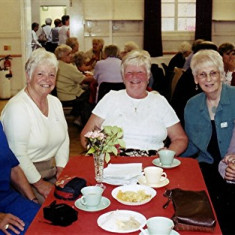 (Left to right): Audrey Fairall, Doris Elsden, Rita Bird, Rose Maguire, June Smith | Geoff Webb