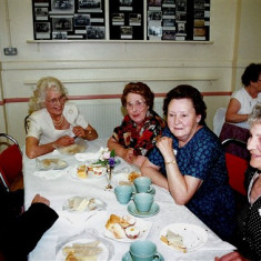 Left to right: Daphne French, Eileen Thompson, Barbara, Rita and Edna Walton | Geoff Webb