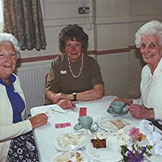 Left to right - Daphne Mills, Freda Millard, Nancy Draper | Geoff Webb