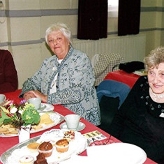 Phyllis Ley (left), Marion Hodge (centre) and Gladys Austin | Geoff Webb