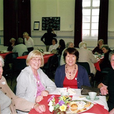 (Left to right): Mavis Lavender, Joan Draper, Doreen Herring, Rosemary Gregory, Pam Burrows, June Smith. | Geoff Webb