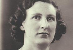 Gladys Swain