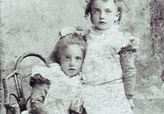 Bess & Eliza Draper
