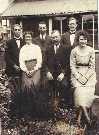 Halsey family | Geoff Webb