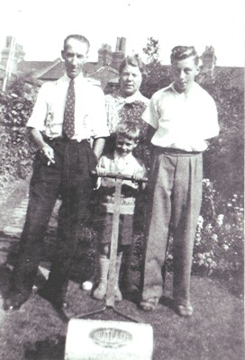 The Halsey family   Geoff Webb