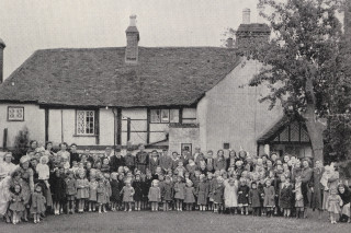 The Hammer in Hand, Leavesden | Hertfordshire Archives and Local Studies