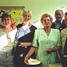 Left to right: Vic Haseler, Maud Henry, Jean Stratton, Pam Ranscombe, Terry Day, Derek Bandy | Geoff Webb