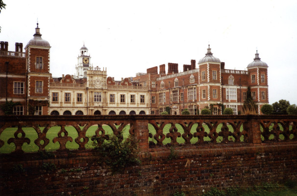 Hatfield House, South Front, 1992 | Alison Monckton