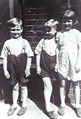 Ron, Vic and their sister Maude | Geoff Webb