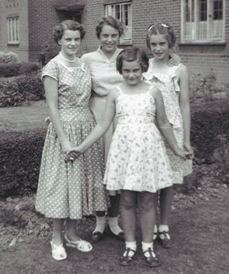 Hewitt sisters