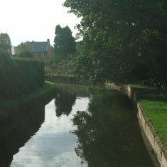 Looking downstream from High Road, Broxbourne (no path along the river here) | Nicholas Blatchley