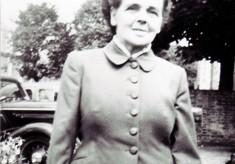 Hilda Alexander