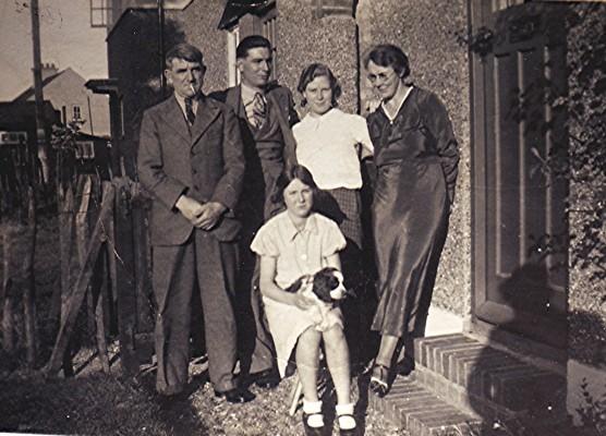 The Hoar Family   Geoff Webb