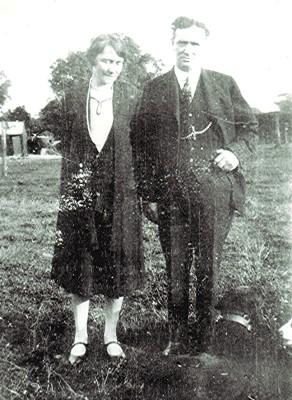 Annie & Ted Holt   Geoff Webb
