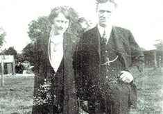 Ted & Annie Holt