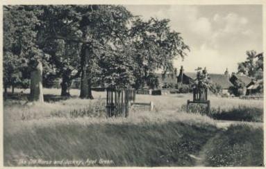 Horse & Jockey PH at Ayot Green, 1944